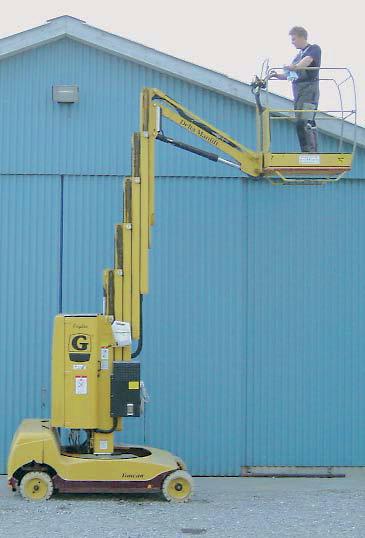Grove VM1200T, søjlelift